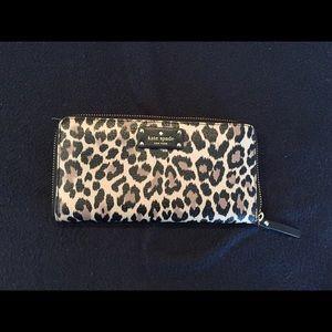 kate spade wallet leopard